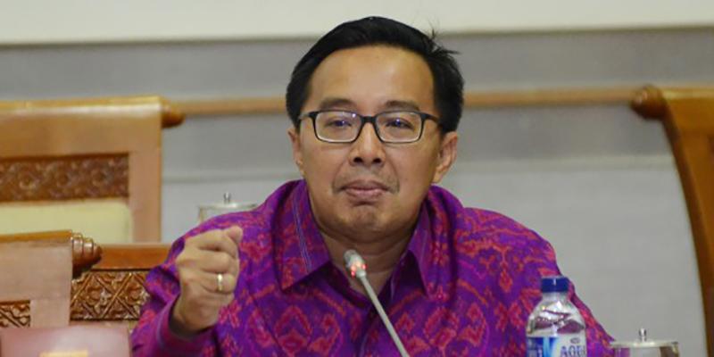 Bobby Rizaldi: PP Postelsiar Berdampak Positif Untuk Investasi