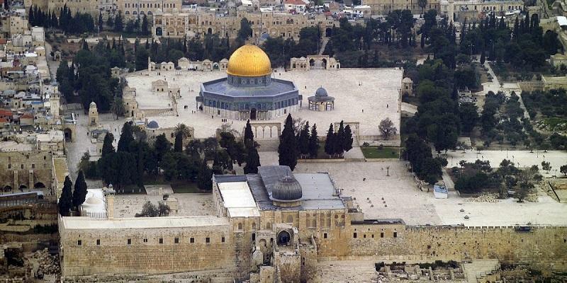 Dilindungi Polisi, Puluhan Pemukim Israel Merangsek Masuk Kompleks Masjid Al Aqsa