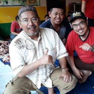 Anggota DPRD DKI Berkurban Di Yayasan Generasi Harapan