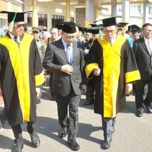 Zulhas Doakan Anwar Ibrahim Jadi PM Malaysia