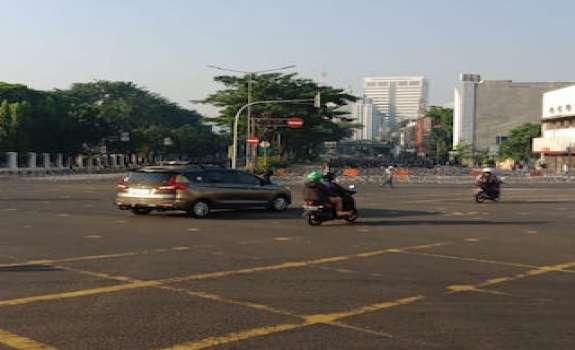 Jalanan Diblok