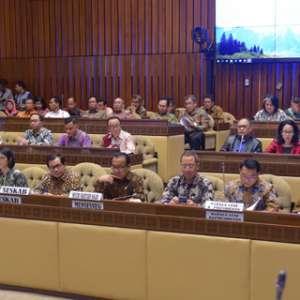Lembaga Di Lingkaran Jokowi Kompak Ajukan Tambahan Anggaran