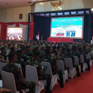 781 Calon Perwira TNI-Polri Dituntut On The Track