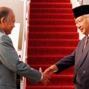Keluarga Soeharto Tidak Melayat BJ Habibie, Begini Pandangan Akbar Tandjung