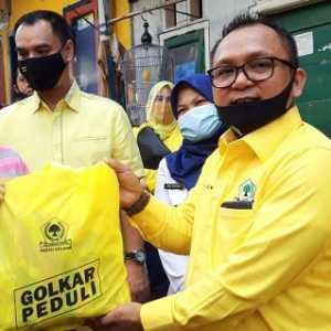 Salurkan Bantuan Korban Kebakaran Di Benhil, Golkar DKI Ingatkan Warga Lebih Berhati-hati
