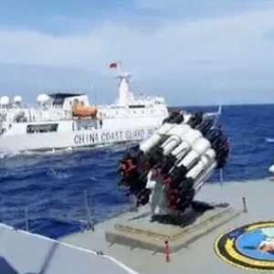 Enggan Pergi Meski Diusir Bakamla, Kapal Coast Guard China Keluyuran Di Laut Natuna Utara