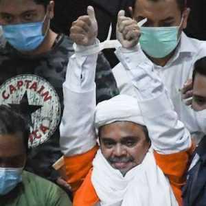 Senin Pekan Depan Habib Rizieq Diperiksa Sebagai Tersangka Kerumunan Megemandung