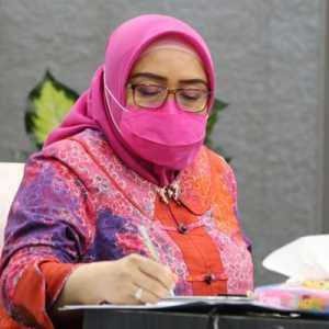 Kumpulkan Kadisnaker PPKM Level 3-4, Kemnaker Sosialisasi Bantuan Subsidi Upah 2021